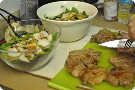 Pear, steak, blue cheese, balsamic salad