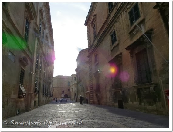 Valletta on a Sunday (103)
