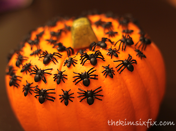 Gluing on spiders