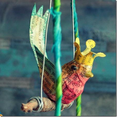 uccellino in gabbia libera-005