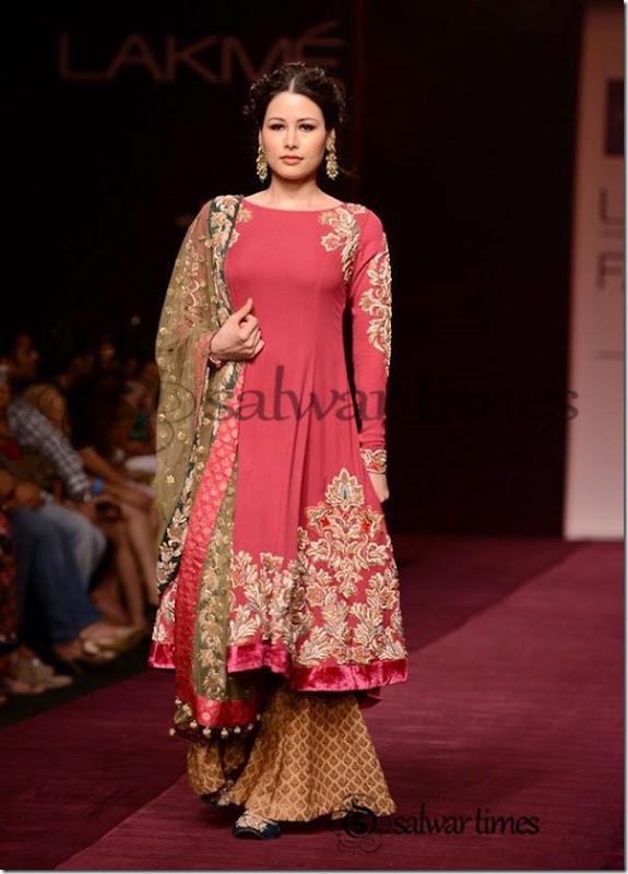 Shyamal_and_Bhumika_Collection_at_Lakme_Fashion_Week_2013 (5)