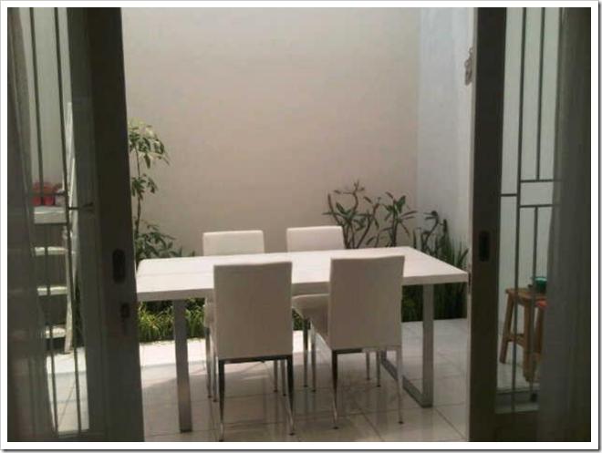 ruang makan minimalis terbuka