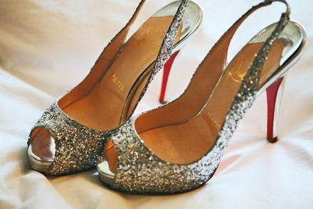 Nyår silver-sequin-christian-louboutin-pumps, the sweetest occasion