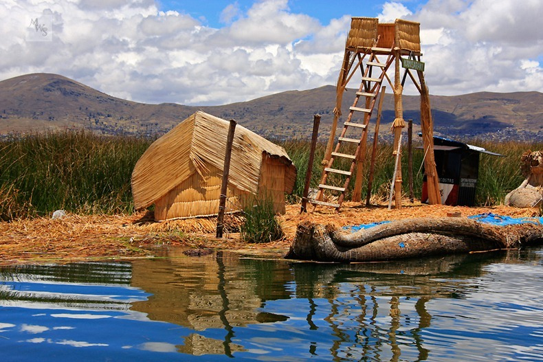 uros-floating-island-12