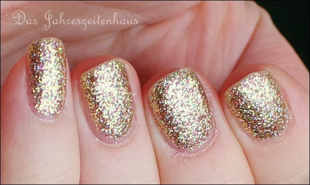 Gold Color Club Unter The Mistle Toe Collection Gingerbread