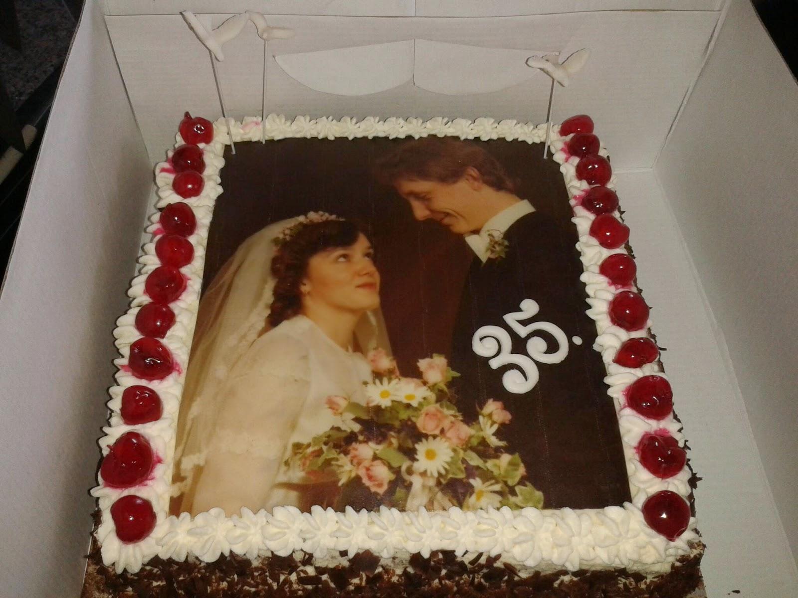Kruedesign Cakeworld April 2014 Schwarzwalderkirsch Hochzeitstorte