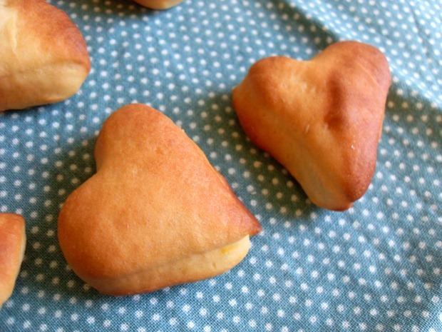Hjerteformende safransboller