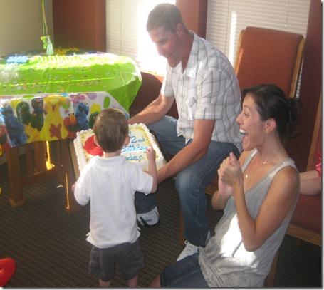 09 01 12 - Brayden's 2nd Birthday! (31)