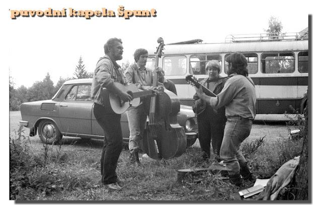 původní kapela Špunt 2.jpg