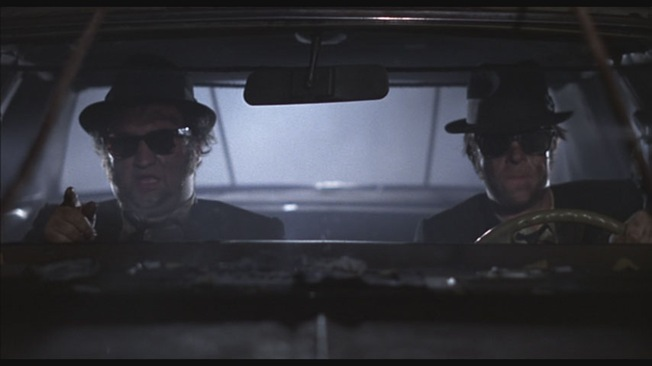 Jake_and_Elwood_in_car_at_night_Hit_It1