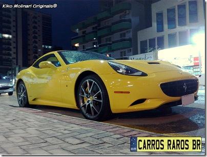 Ferrari California amarela (1)