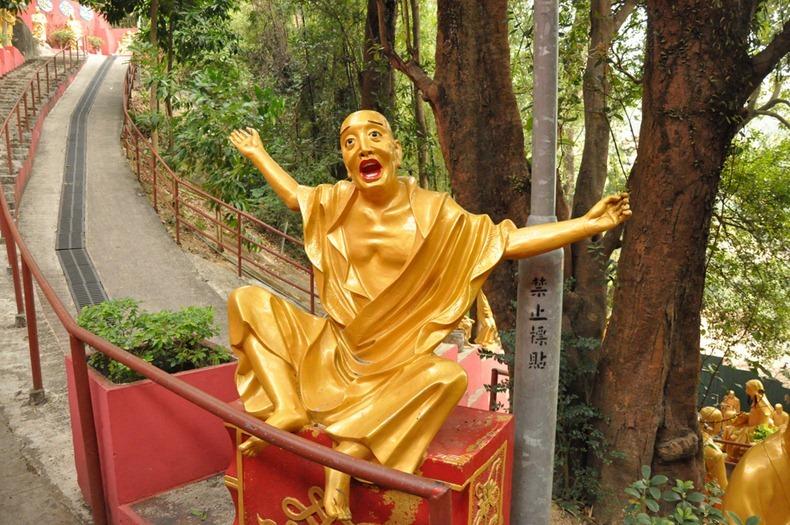 10000-buddhas-monastery-9