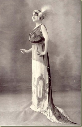 Vintage_fancy_edwardian_lady_3_by_MementoMori_stock (1)