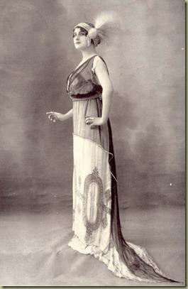 Vintage_fancy_edwardian_lady_3_by_MementoMori_stock (1)