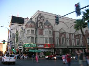 106 - Edificios entre casinos.JPG