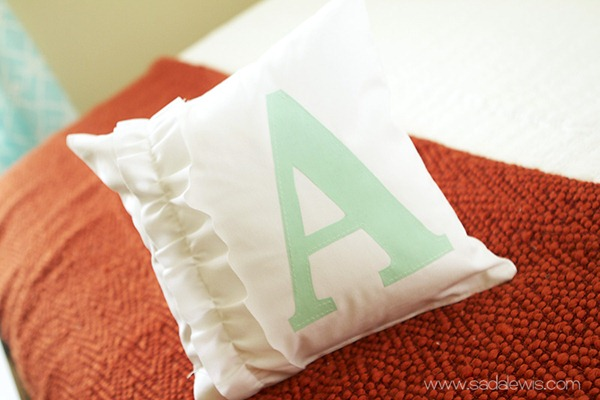monogram pillow tutorial