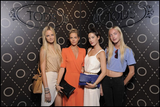 Virginie; Jenna; Prisca;Claire Courtin