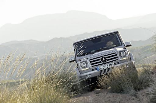 2013-Mercedes-G-Class-08.jpg