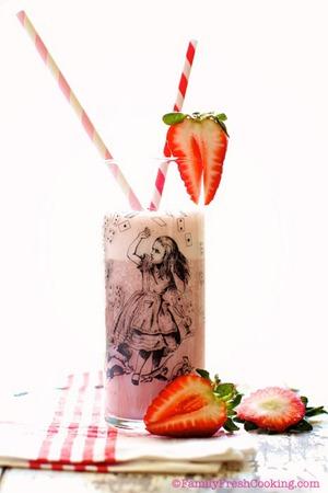 Strawberry-Milk-Marla-Meridith-IMG_4915