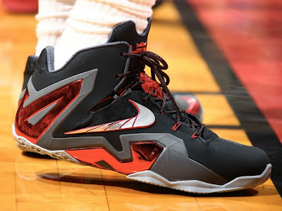 nike lebron 11 ps elite miami heat away pe 1 01 Closer Look at James Nike LeBron 11 Elite Game 2 & 3 PE