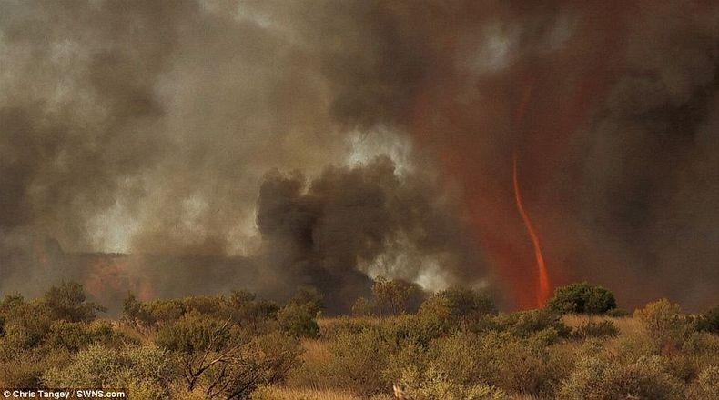 fire-tornadoes-6