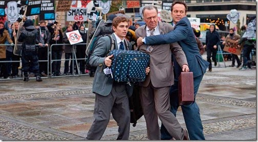 20150302-movie2-riot