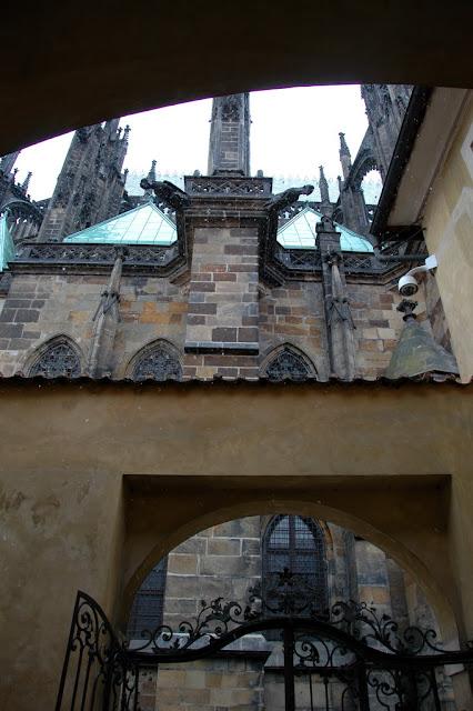 "Taken at Latitude/Longitude:50.091463/14.400846. 0.32 km North-East Hrad?any Hlavn?Mesto Praha Czech Republic <a href=""http://www.geonames.org/maps/google_50.091463_14.400846.html""> (Map link)</a>"