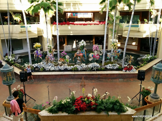 Hyatt Regency Christmas Decorations 2013