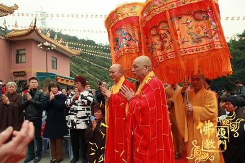 Thời sự tin tức Phật gáo thế giới - Người Áo Lam - 003