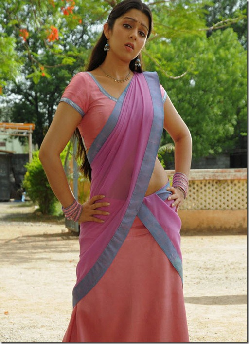 charmi_in_saree_cute_pic