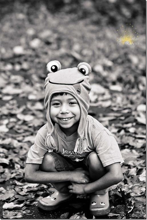 j-frog-8285