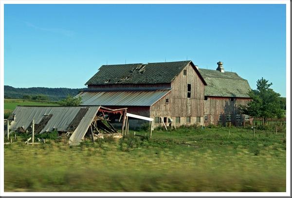 RT-05-Wisconsin-Barn