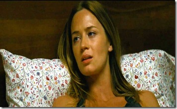 emily-blunt-in-looper-movie-6