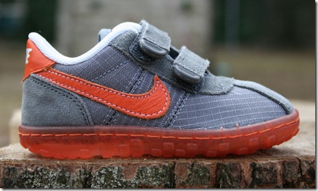 Nike Kid's SMS Roadrunner