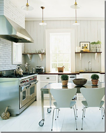 mla104004_0908_kitchen_xl[1]