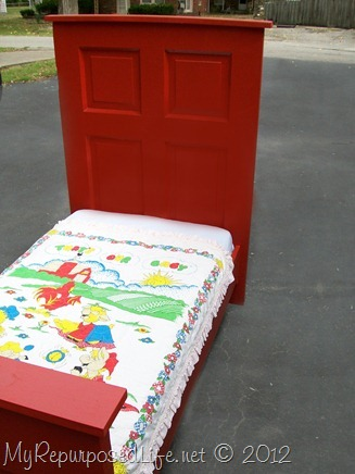 toddler bed door