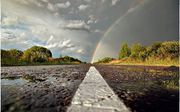 rainbow-on-road-800x500