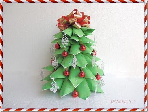 Cards ,Crafts ,Kids Projects: Paper Christmas Tree Tutorial