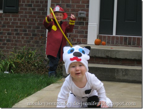 fireman and firedog halloween costumes (16)