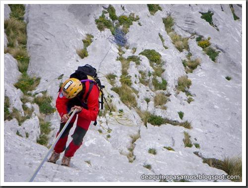 Arista Sanchez Sadia-Samper 300m 120m Rapel 6c¿ (V  A1 Oblig) (Peñe Robre, Andara) (Isra) 0488