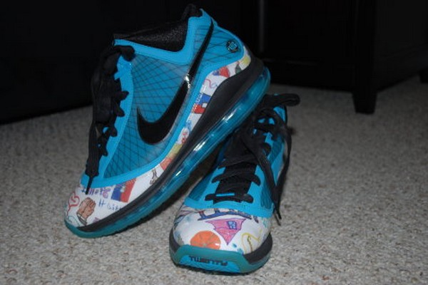 Detailed Look at Nike Air Max LeBron VII 8220Kinbe Le8217 Page8221 PE