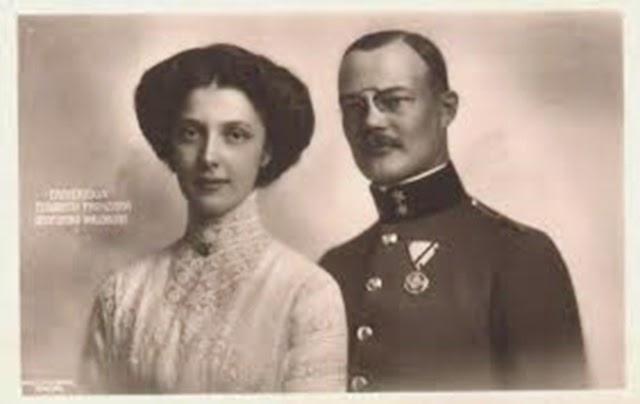 Con su marido el Principe de waldbrug zeil.