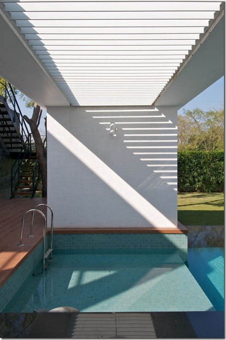 Exterior Dinesh Bungalow by atelier dnD7