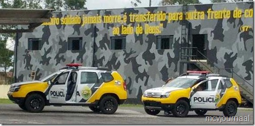 Renault Duster Policia 01
