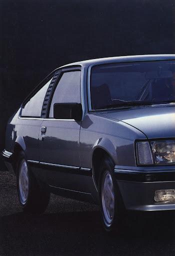 Opel_Monza_1984 (22).jpg