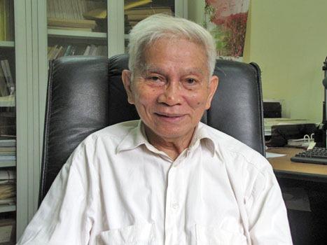 GS Hoàng Tụy – tác giả bài viết
