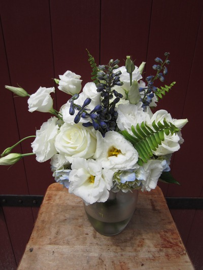 white and blue bouquet | rustic wedding | Ideas in Bloom