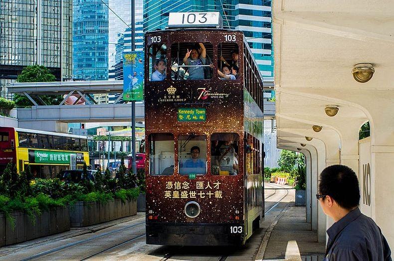 hong-kong-trams-11