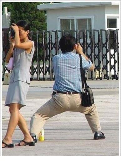 divertenti-pose-dei-fotografi-04.jpg