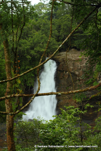 Soochipara Falls in a loveley green setting
